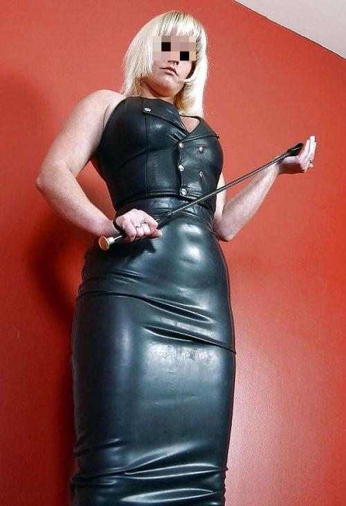 Lady Xena femme dominatrice Vitrolles