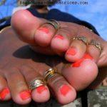 Maîtresse black propose ses pieds à fétichistes (Talence)